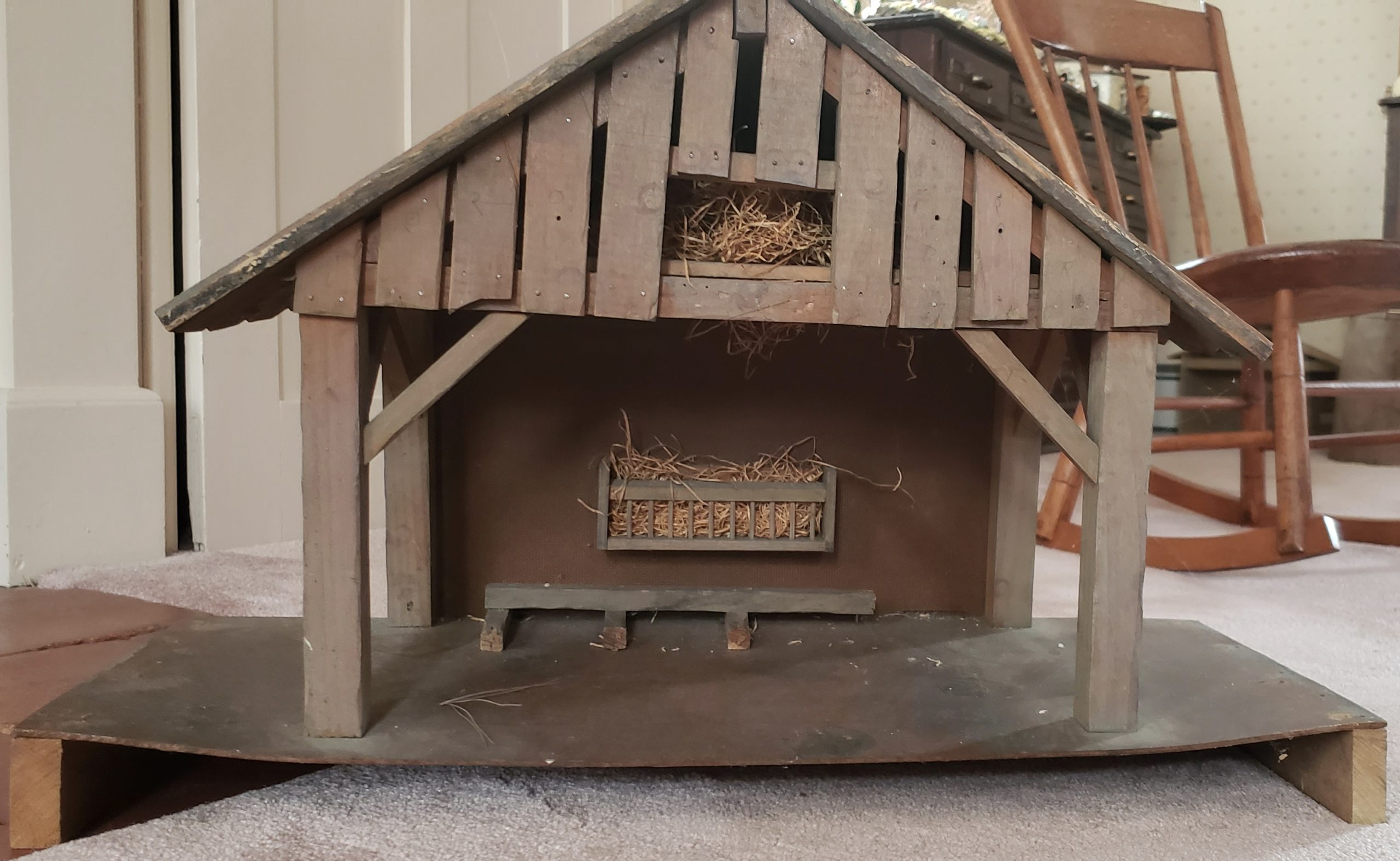 stable with hay loft